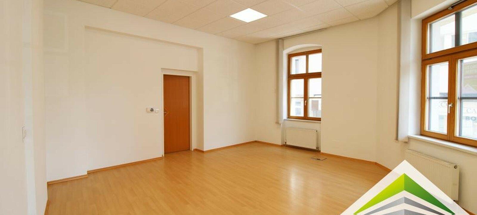 Büroraum groß 2