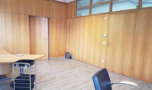Büro TOP 0-3 Straßham 06102020