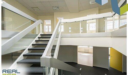 Treppe zwischen 5. und 6.OG II