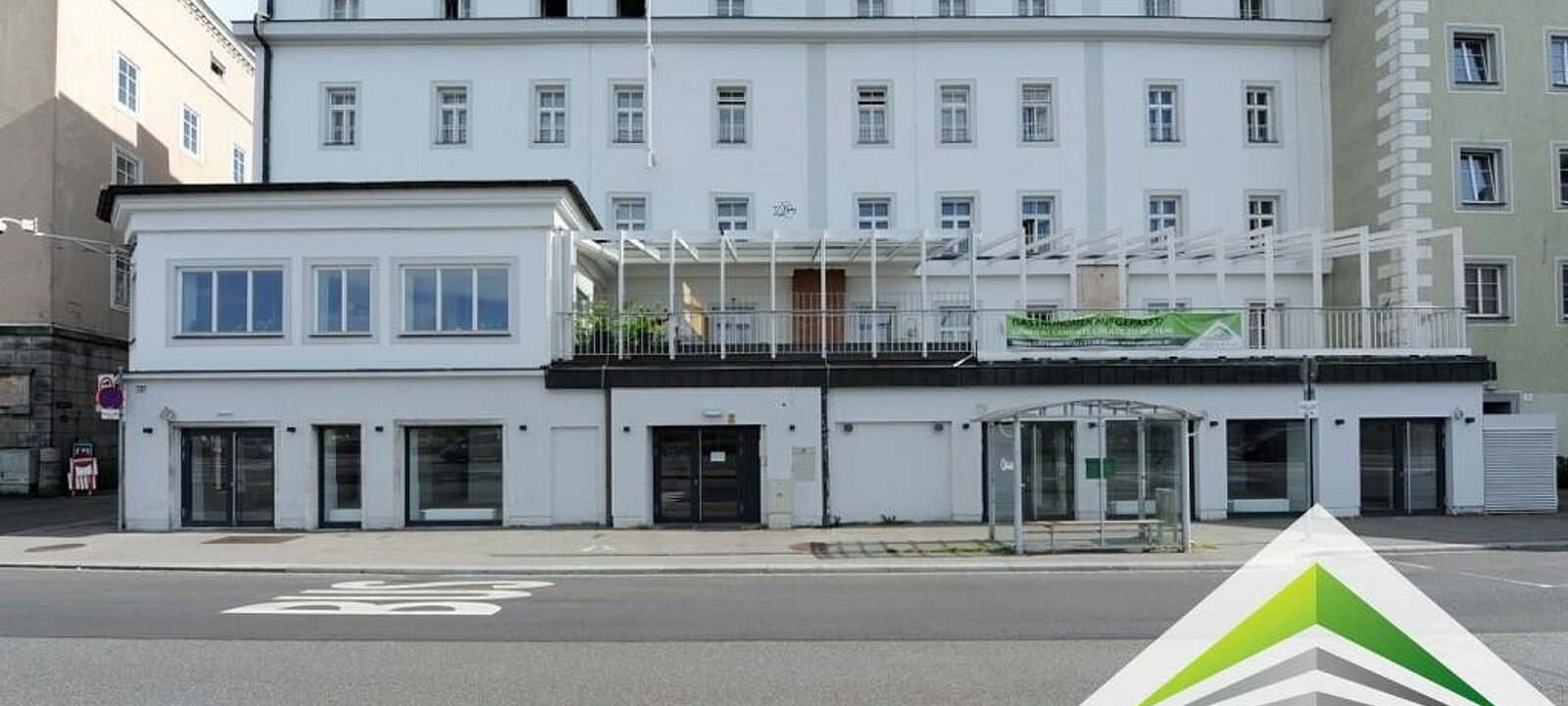 Hausfront Obere Donaulände