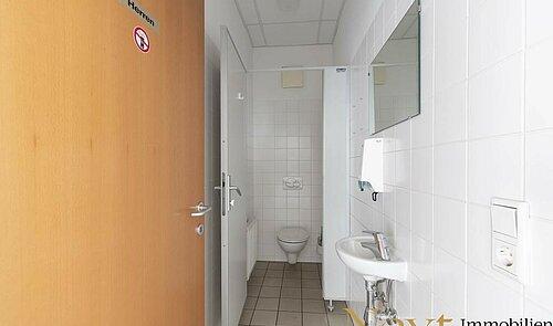 Herren-Toilette OG