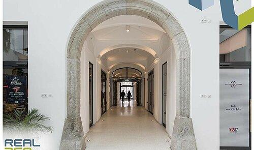 Eingangsbereich I